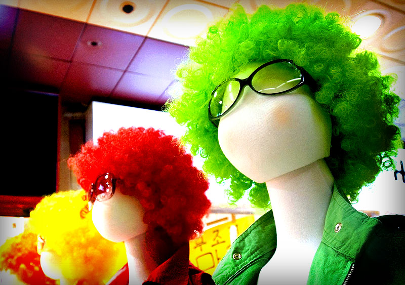File:Colourful wigs.jpg