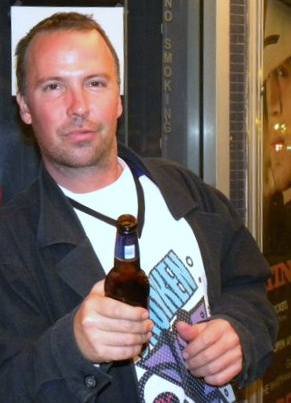 Photo of comedian Doug Stanhope taken in Manha...