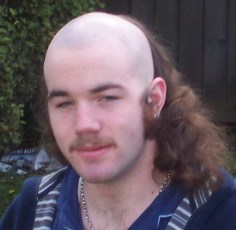 Guy with a skullet