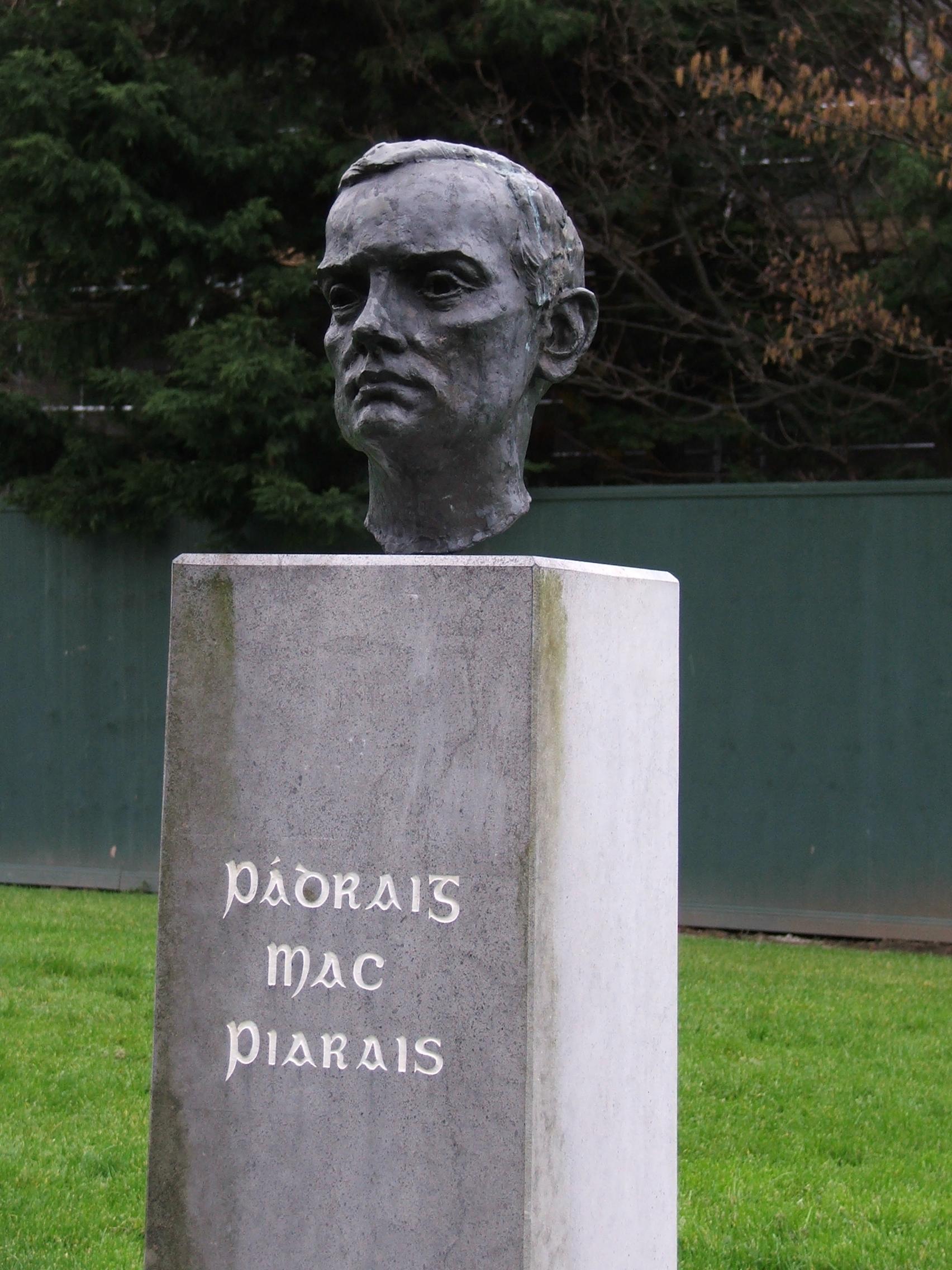Busto de Pádraig Pearse en Tralee (Co. Kerry)