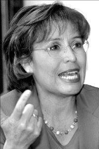 La Mtra. Rosario Robles en entrevistada sobre ...