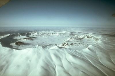 Mount Okmok - Wikipedia