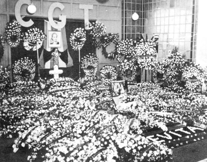 Archivo:CGT Funerales Evita.JPG - Wikipedia, la enciclopedia libre
