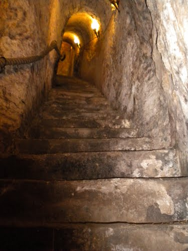 FileStairs Cut Into Rock In An Underground Wine Cave In