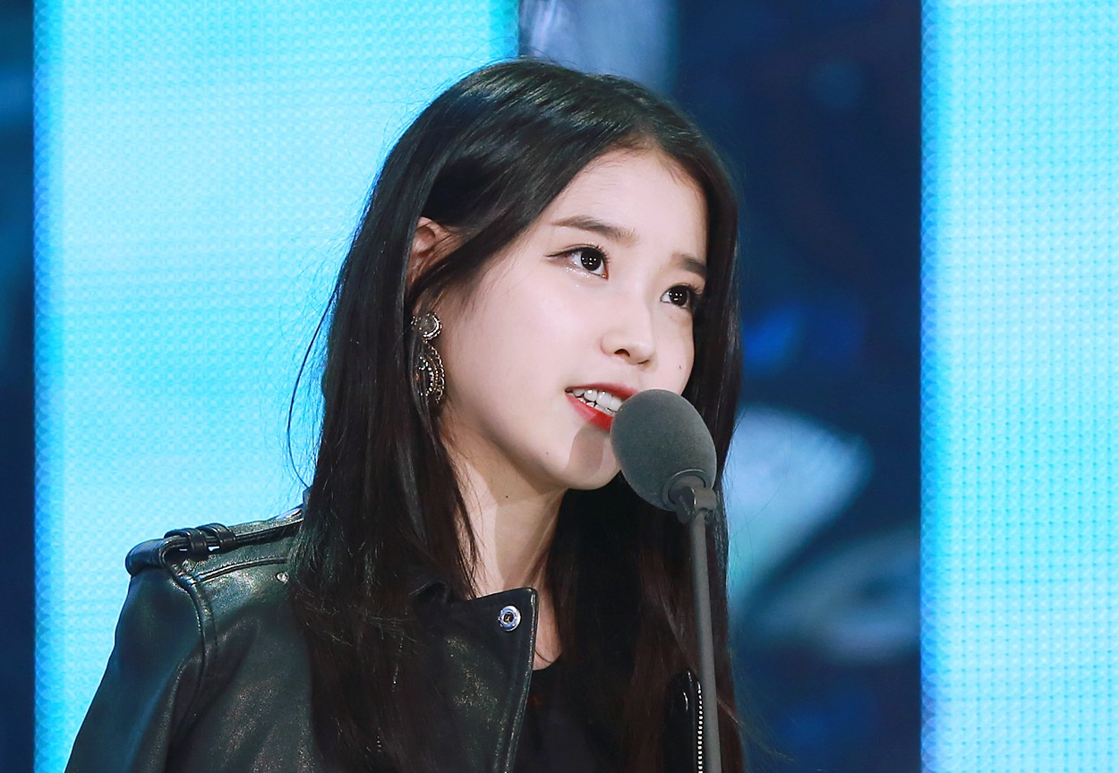 FileIU At Melon Music Awards 13 November 2014 03jpg
