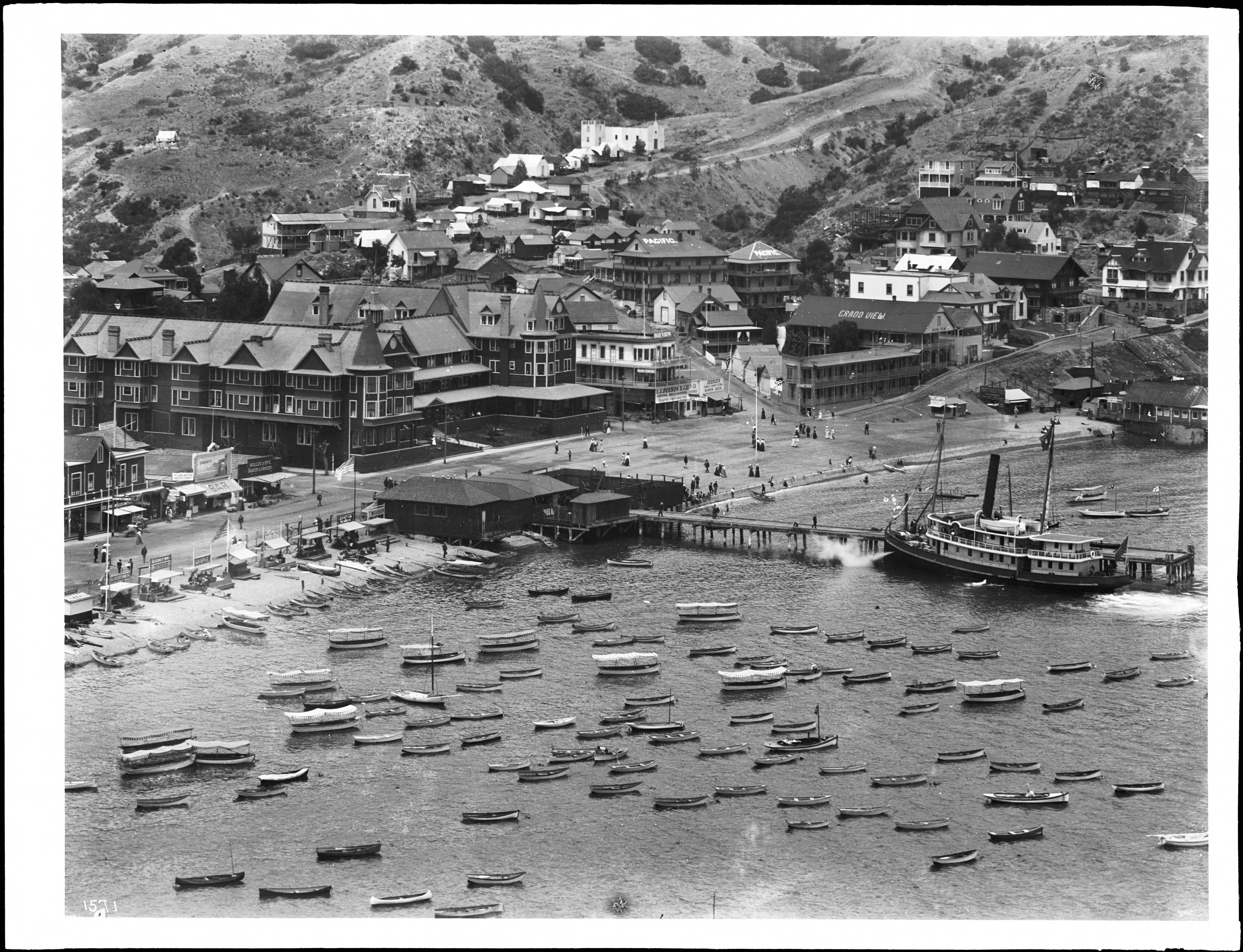 FileTown Of Avalon On Santa Catalina Island With New