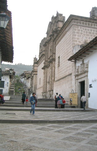 English: City of Cajamarca, Peru. Photo by J. ...