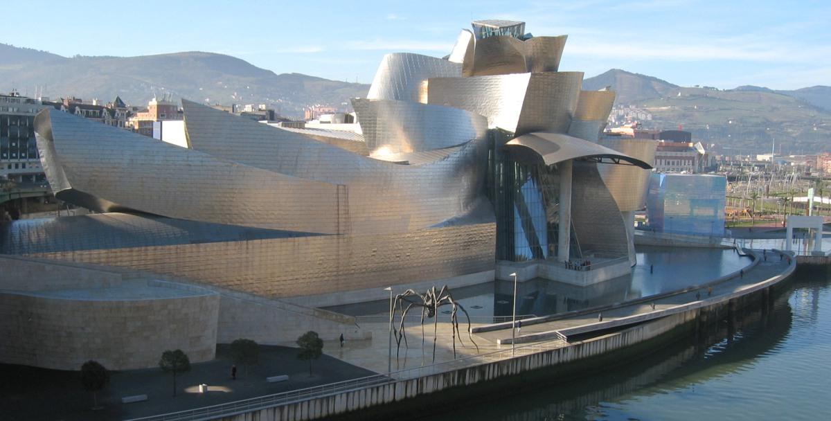 Le musée Guggenheim à Bilbao, réalisation de F. Gehry.