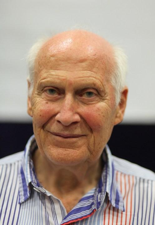 Bert Hellinger httpsuploadwikimediaorgwikipediacommonsdd