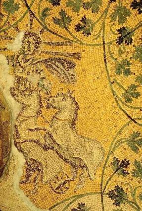 Mosaico rinvenuto nella necropoli vaticana, rappresentante Cristo come Sol Invictus