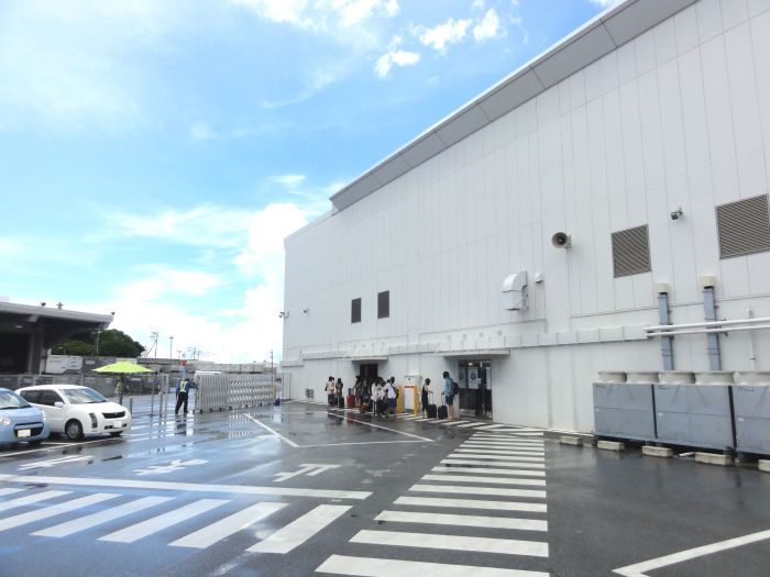 Naha LCC Terminal pick up point for car rental shuttle