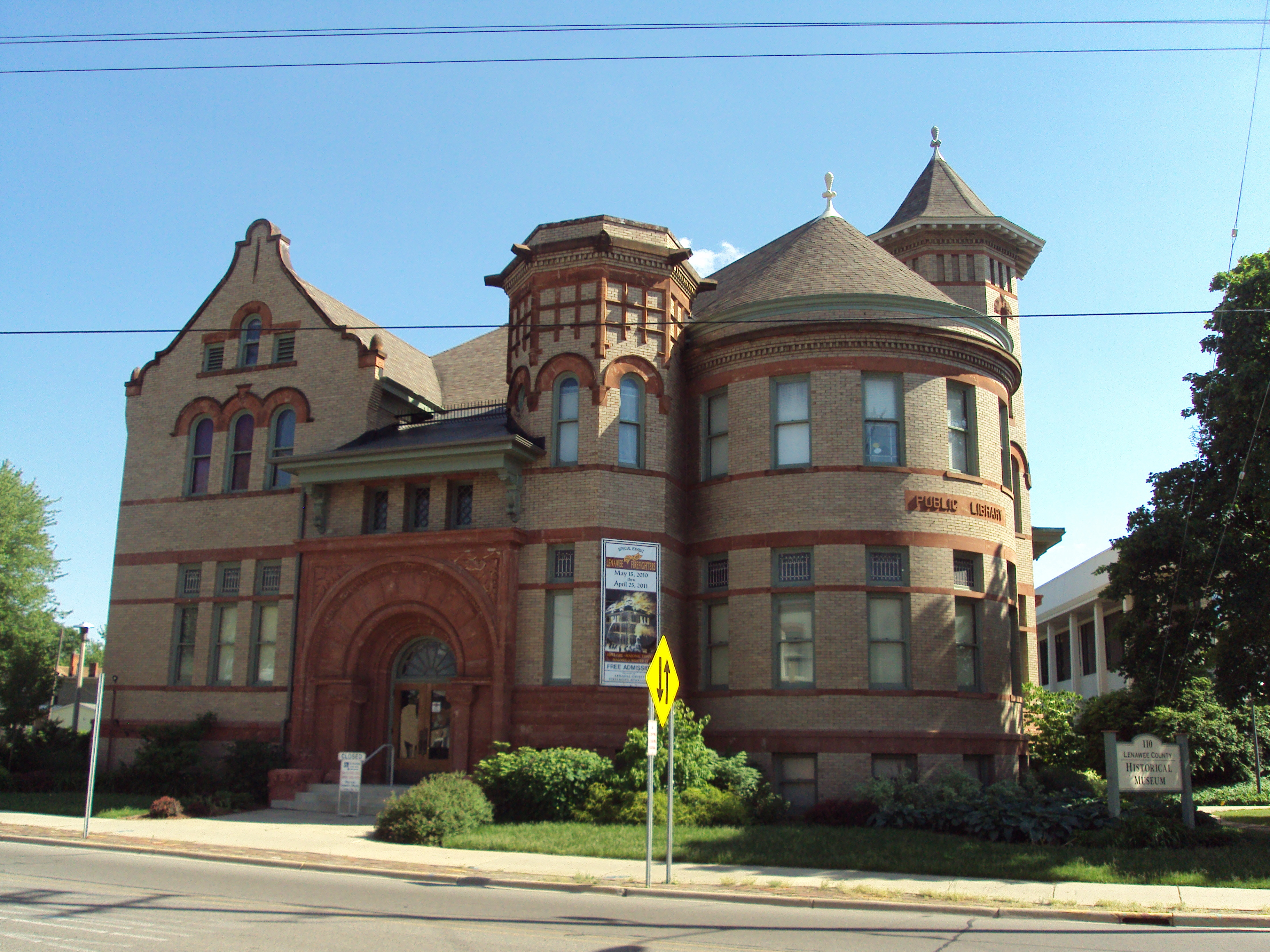 Next door to the old fire station & Michigan « Every County pezcame.com
