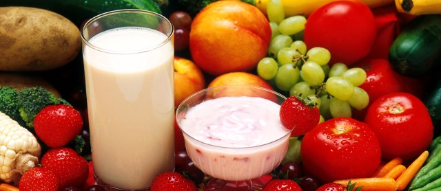 A diet rich in soy and whey protein, found in ...