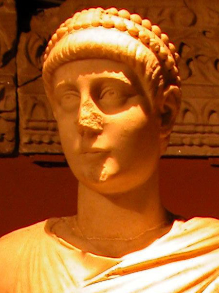 File:Statue of emperor Valentinian II detail.JPG