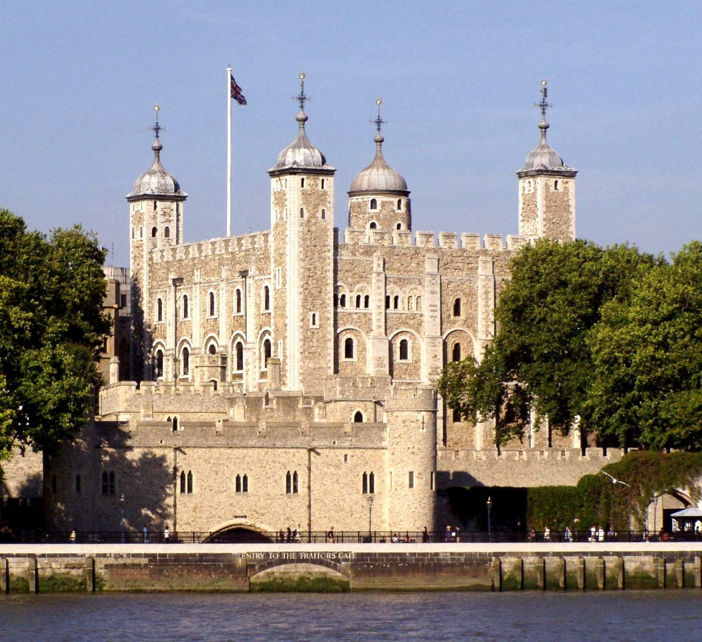 Image Result For What Building Houses The Crown Jewels