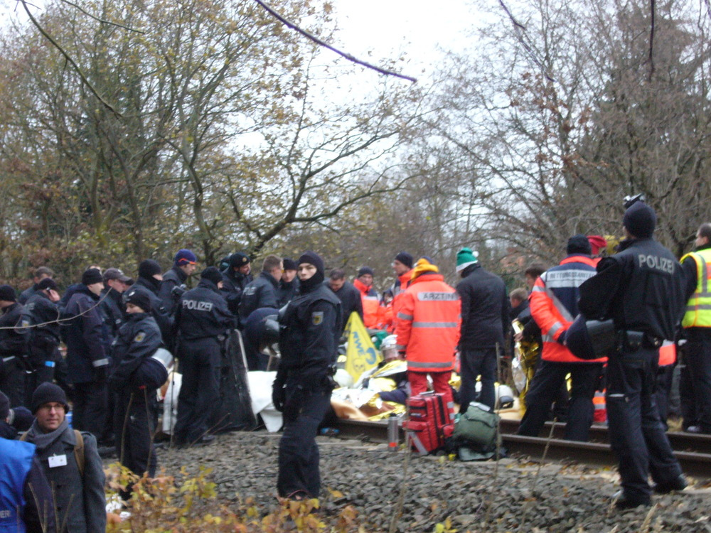 Police dispersing protesters blocking railway tracks on the castor route in 2011.
