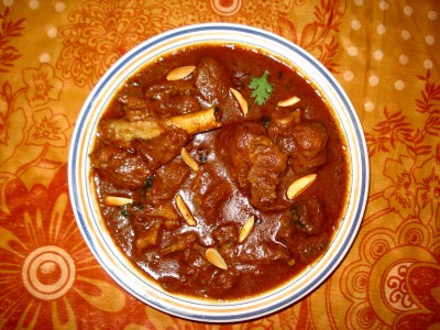 https://i2.wp.com/upload.wikimedia.org/wikipedia/commons/e/ee/Rogan_Josh.JPG?resize=400%2C300