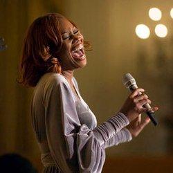 English: Singer Yolanda Adams performs at a re...