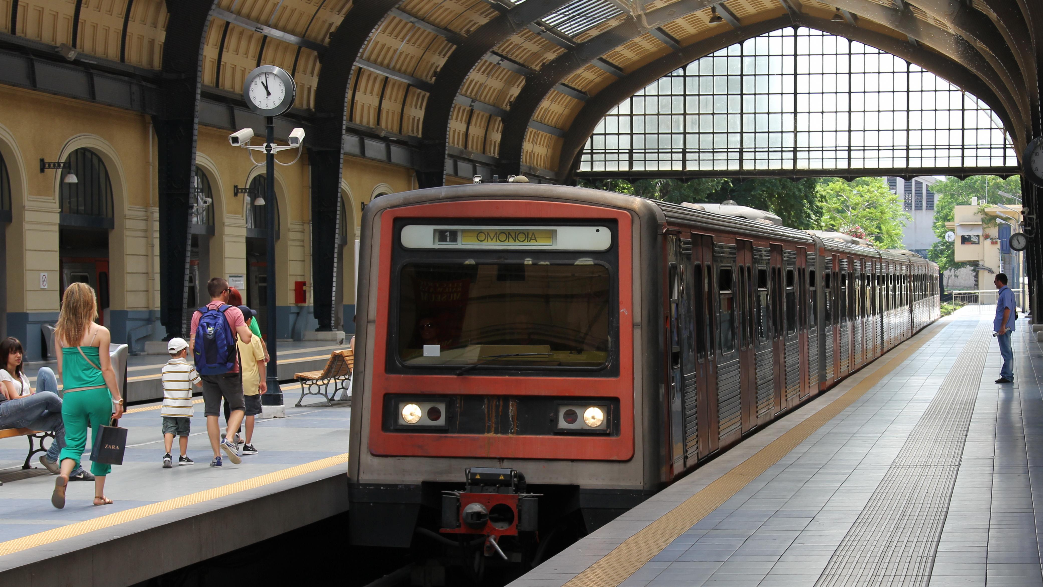 Tiedosto 10th Batch Line 1 Train Athens Greece
