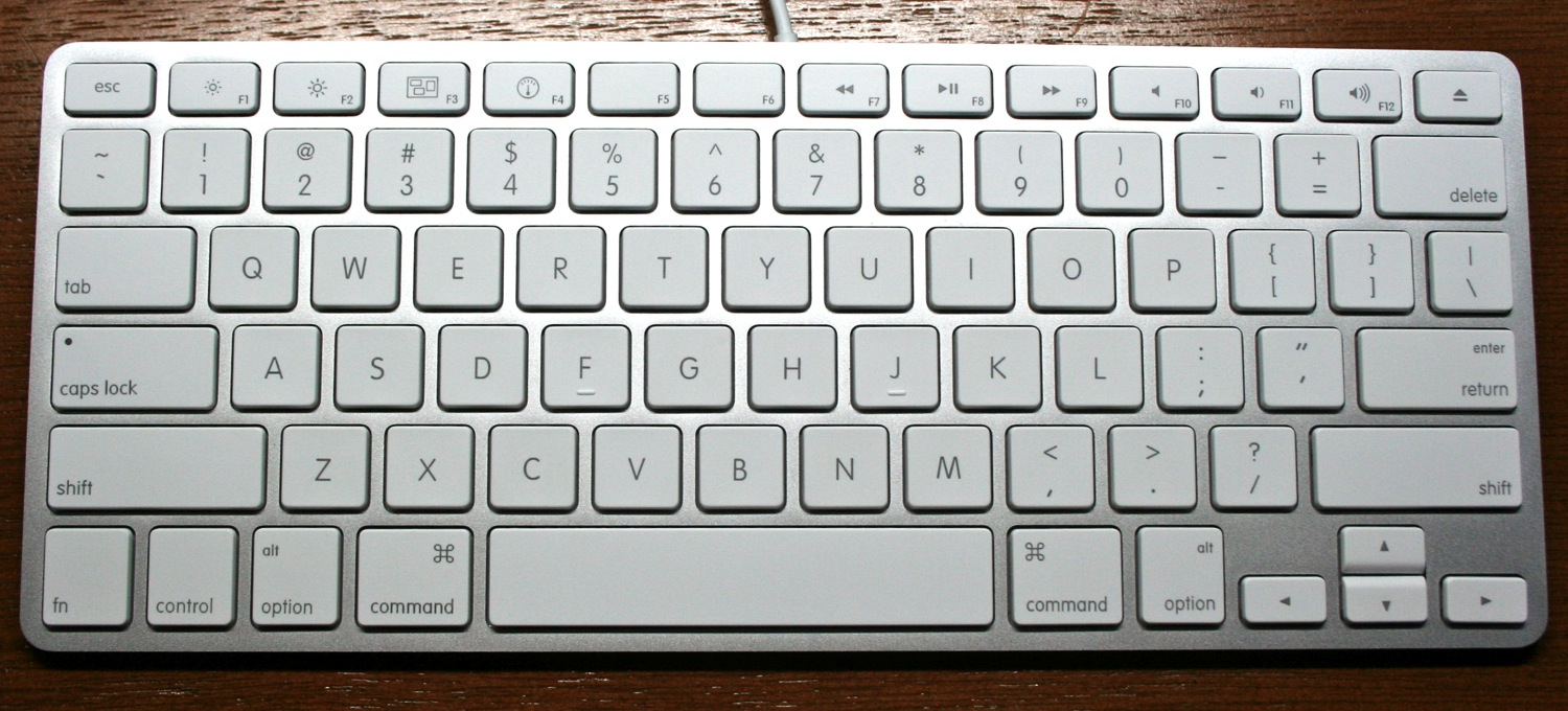 English: A1242 Apple Keyboard shipped with the...