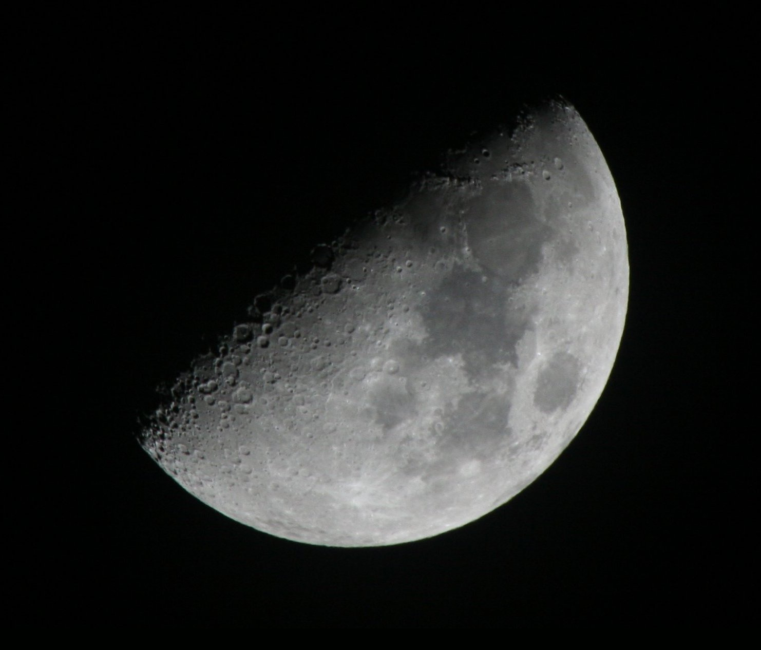 The Moon is the most common major object viewe...