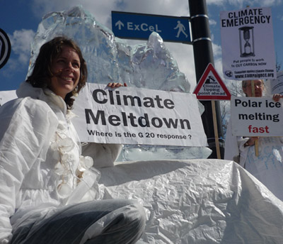 English: Protest against fossil fuels April