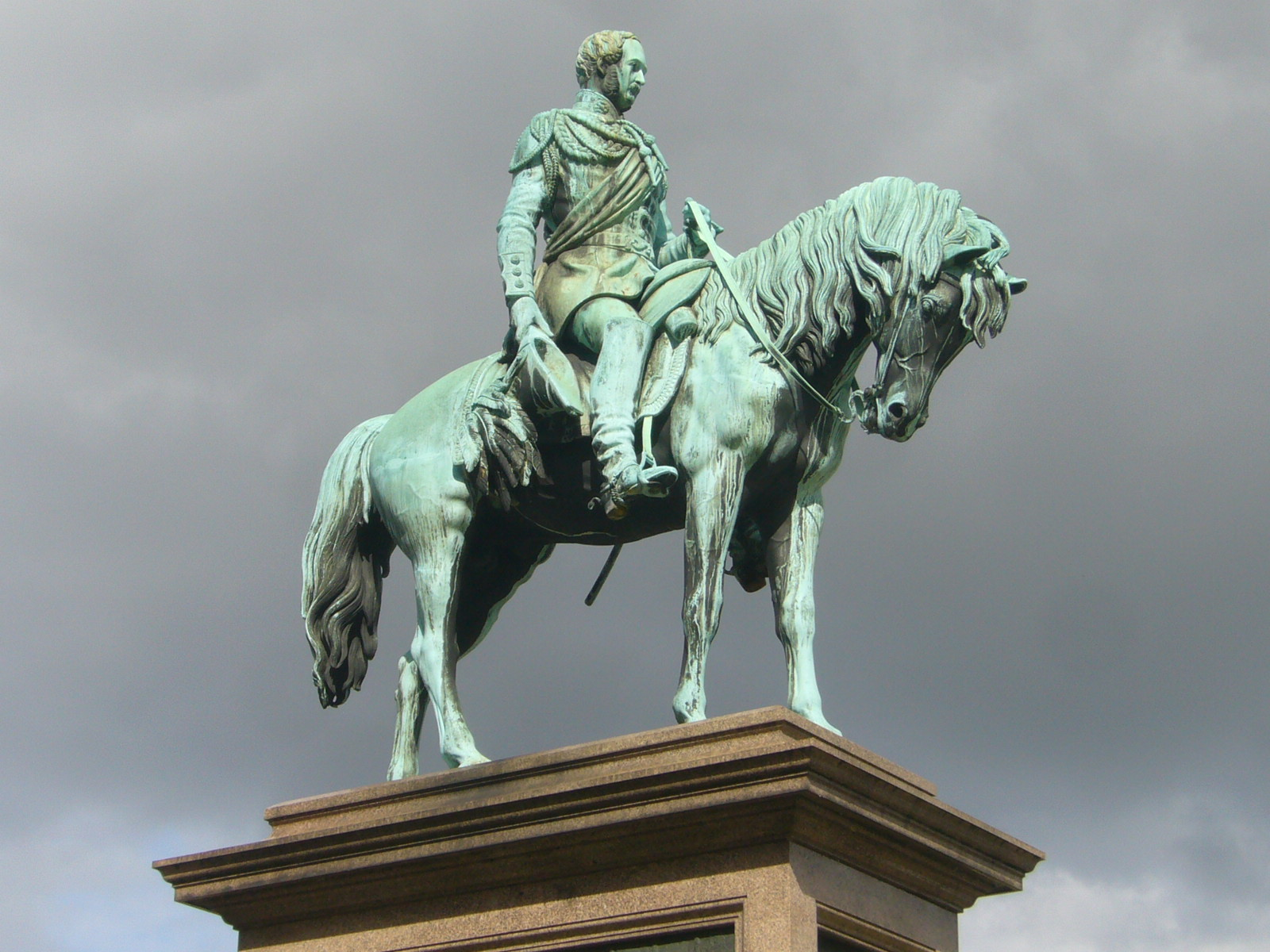 FilePrince Albert Memorial Statue EdinburghJPG