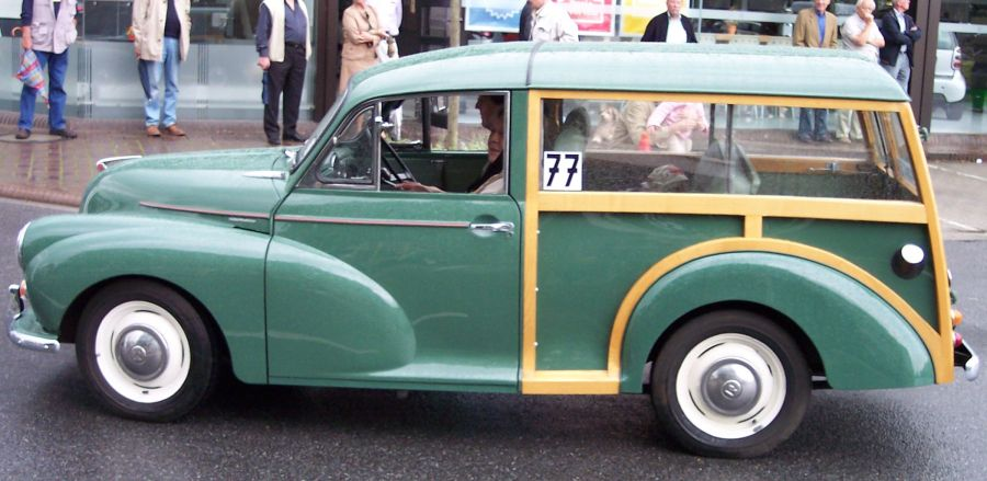 1964 austin cars » File Morris Minor 1000 green woody l jpg   Wikimedia Commons File Morris Minor 1000 green woody l jpg