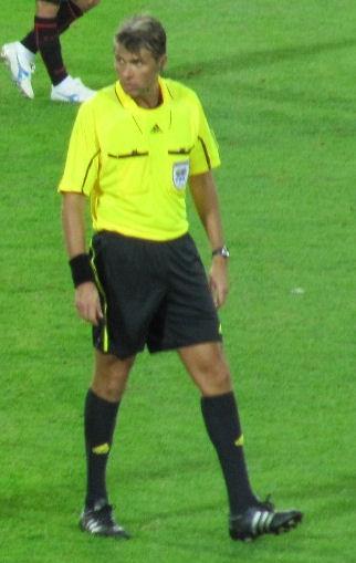 File:Roberto Rosetti 2009 FIFA CWC.jpg