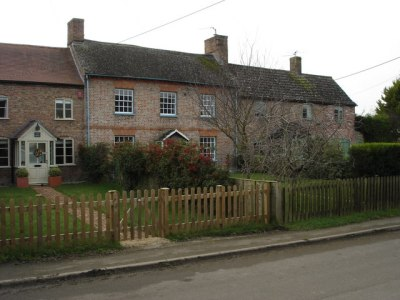 Cottages in the village of Slimbridge