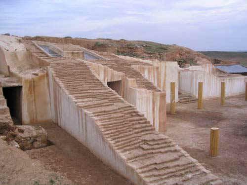 File:Ebla ziggurat.jpg