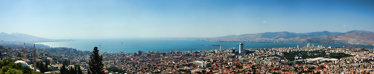 Izmir panorama from Kadifekale Castle