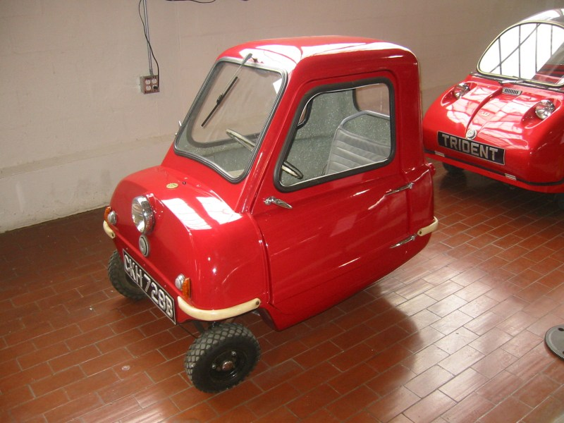 1964 austin cars » File 1965 Peel P50  The World s Smallest Car  Lane Motor Museum  jpg     File 1965 Peel P50  The World s Smallest Car  Lane Motor Museum