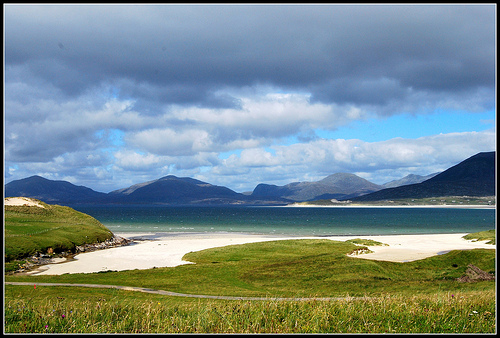 File:Beaches in the south of the Isle of Harris, Outer Hebrides.jpg