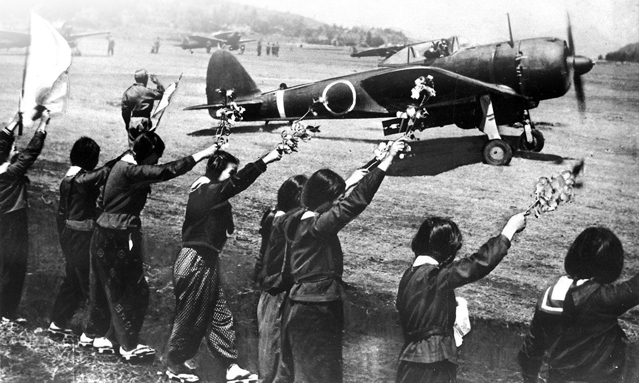 File:Chiran high school girls wave kamikaze pilot.jpg