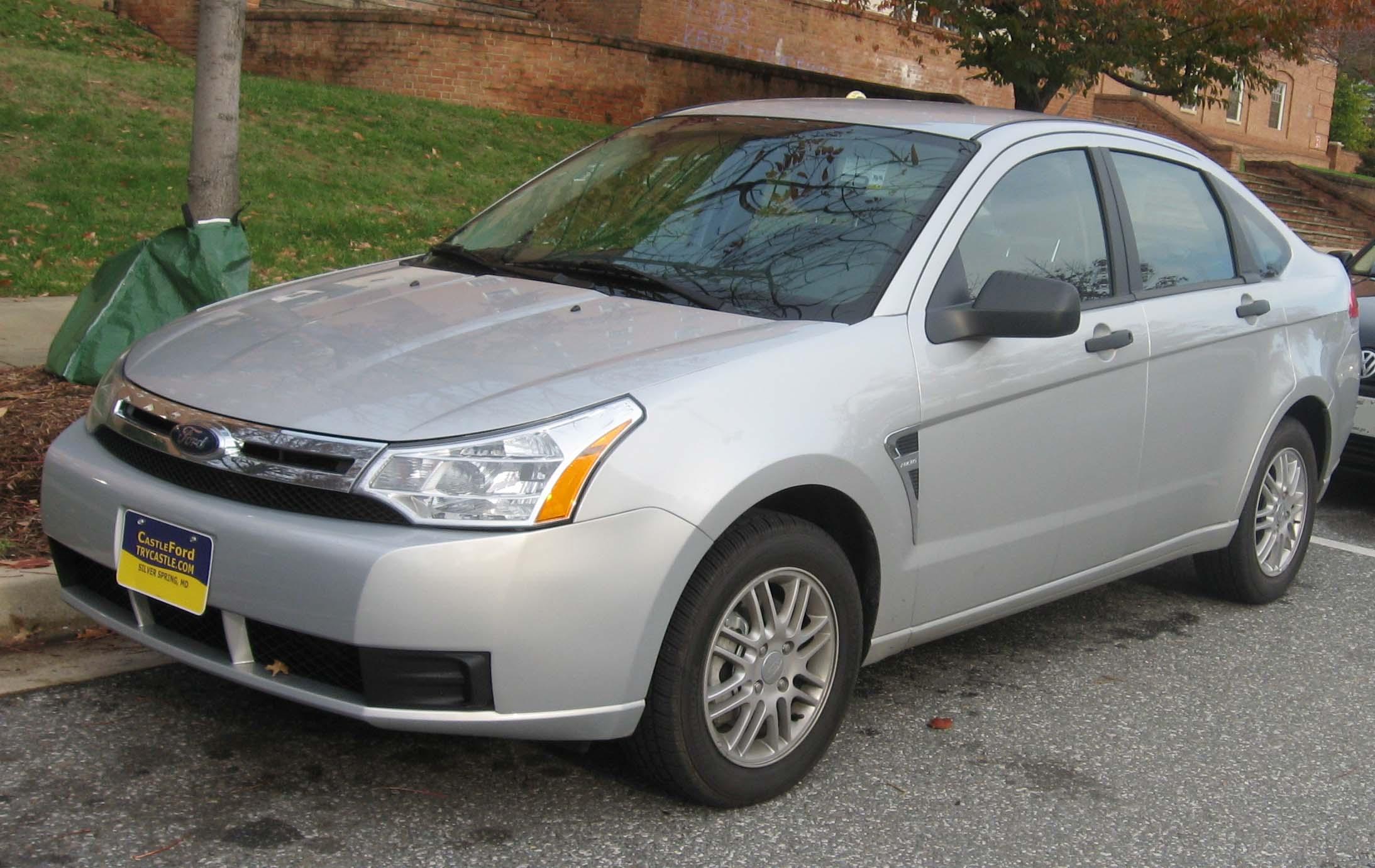 https://i2.wp.com/upload.wikimedia.org/wikipedia/commons/f/fe/2008_Ford_Focus_SE_sedan.jpg