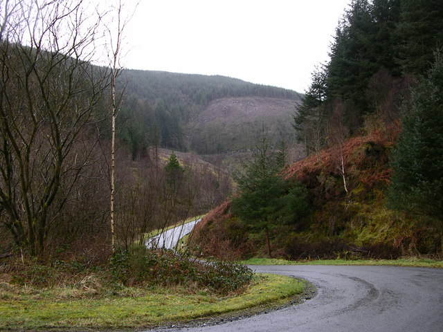 File:Winding mountain road - geograph.org.uk - 750830.jpg