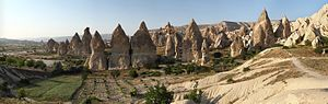 English: Fairy Chimneys rock formation, nearby...