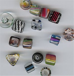 Furnace glass beads
