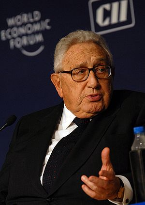 English: Henry Kissinger, at the World Economi...