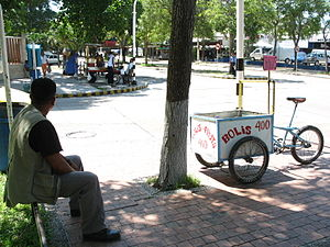 Venta ambulante de boli en Barranquilla