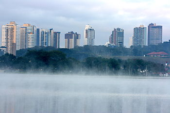 English: Winter skyline in Curitiba.