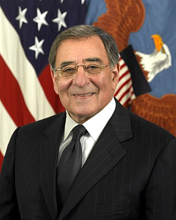 English: Official portrait of Leon Panetta as ...
