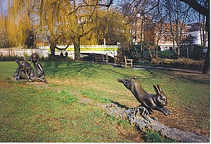 English: Alice's Statue, Guildford Riverside A...