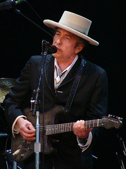 File:Bob Dylan - Azkena Rock Festival 2010 2.jpg