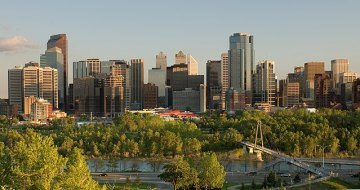 Calgary By No machine-readable author provided. Cszmurlo assumed (based on copyright claims). [GFDL (https://www.gnu.org/copyleft/fdl.html), CC-BY-SA-3.0 (https://creativecommons.org/licenses/by-sa/3.0/) or CC BY 2.5 (https://creativecommons.org/licenses/by/2.5)], via Wikimedia Commons