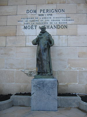 Statue of Dom Pérignon outside the cellars of ...