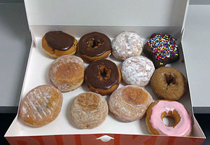 English: Dunkin Donuts Dozen Donuts Box