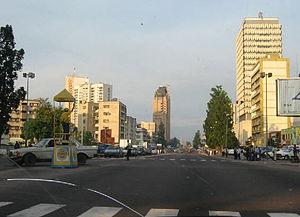 Boulevard du 30 Juin in the commercial heart o...