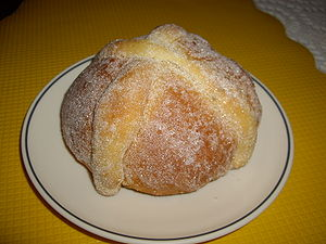Image from Mexican pan de muerto. Title is in ...